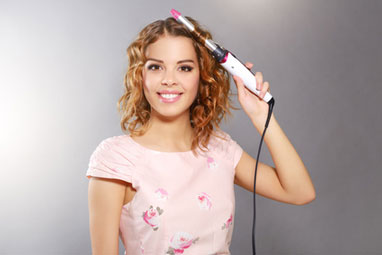 girl curling hair